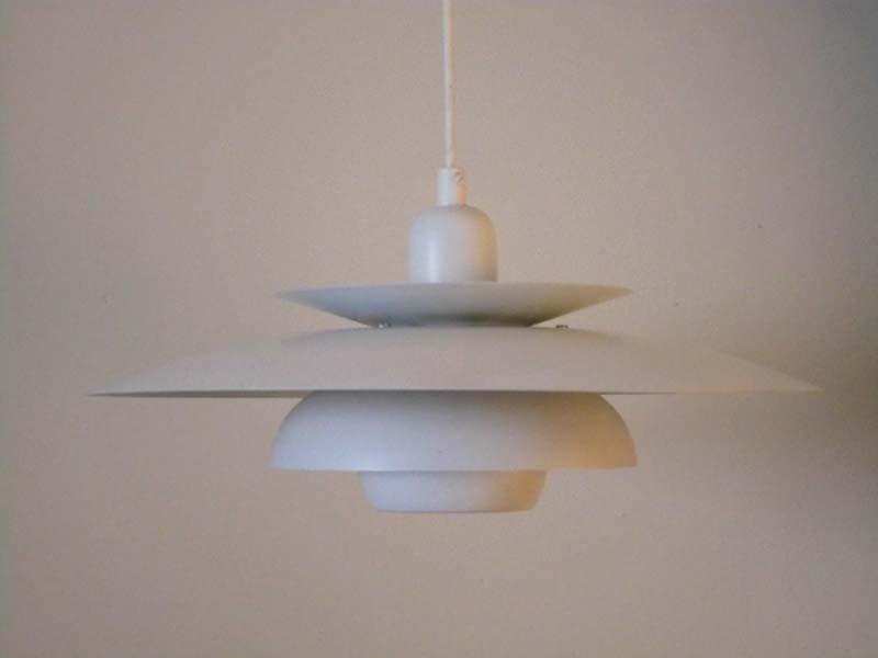 L mpara de techo blanca dise o tipo poul henningsen luz - Tipos de lamparas de techo ...